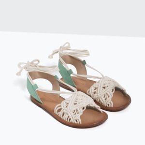 Brand *NEW* Zara sandals Girls size 35 or US 3